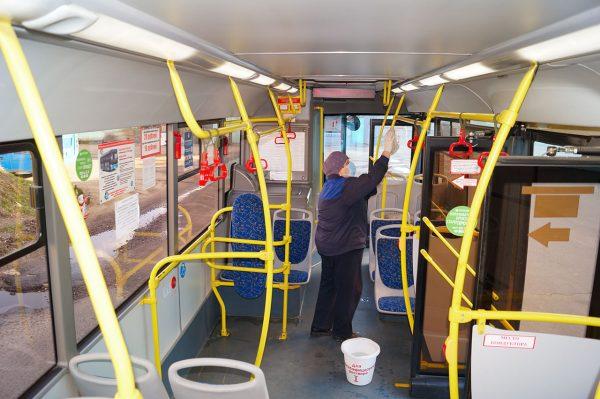 Какими средствами дезинфицируют общественный транспорт от коронавируса